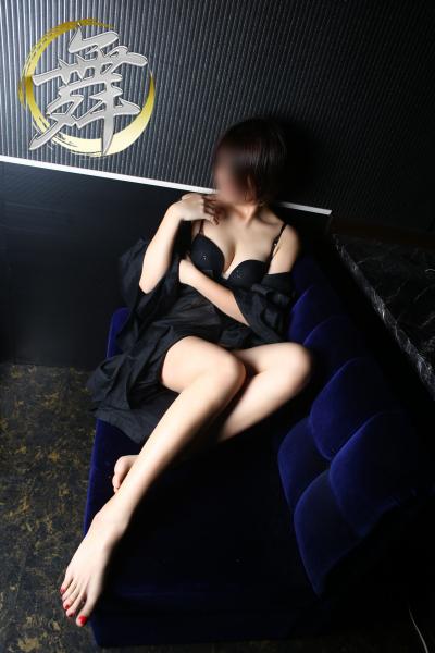 若妻れみ姫♥️エッチで淫らなスリムパイパン妻★即尺可